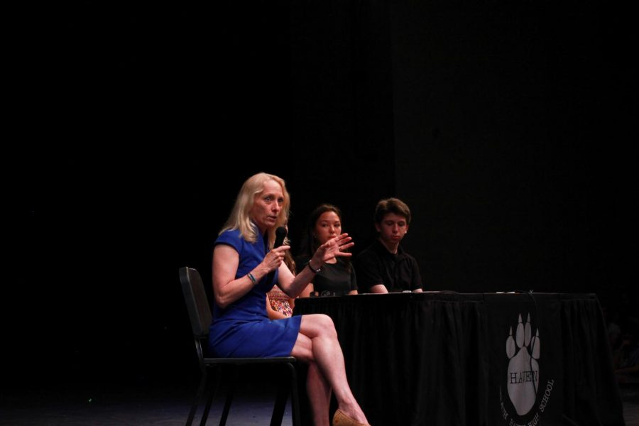 Mary Gay Scanlon Visits Haven for Town Hall